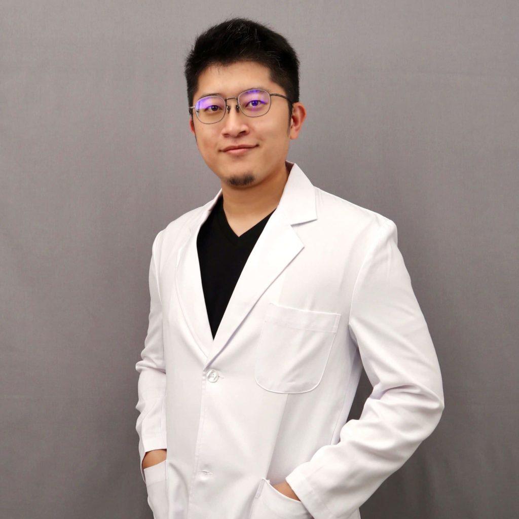 竹北牙醫推薦蘇裕隆醫師